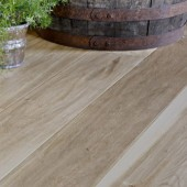 Wide Plank White Oak Handscraped Engineered