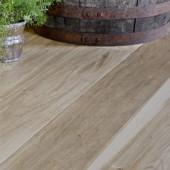 Wide Plank White Oak Handscraped Engineered